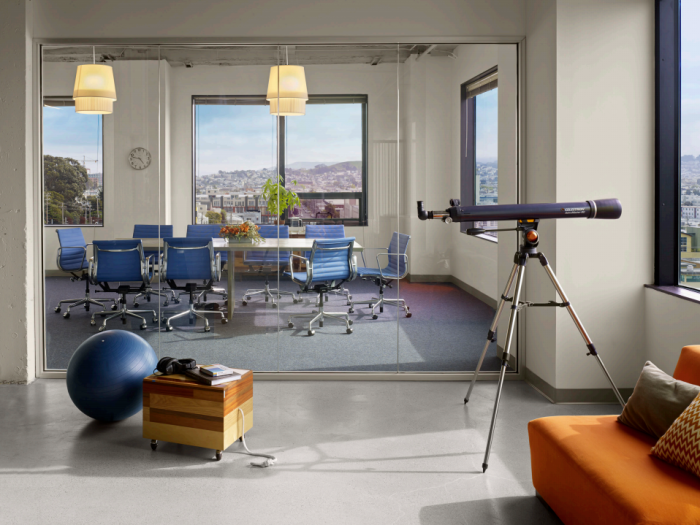 Всередині офісу компанії Асан з Сан-Франциско