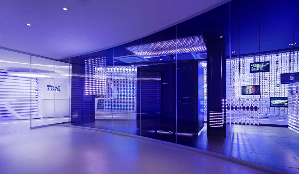 """Редизайн офісу IBM в стилі """"Гості з майбутнього"""". Фото 4"""