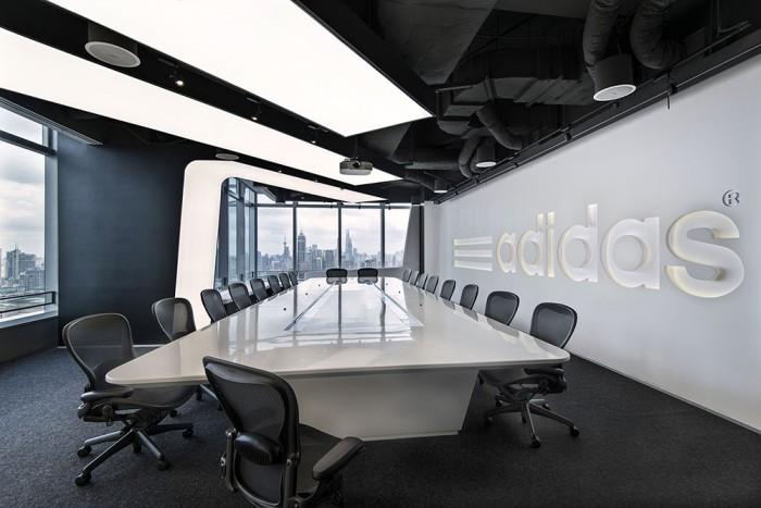 Офіс компанії Adidas в Шанхаї. Фото 4