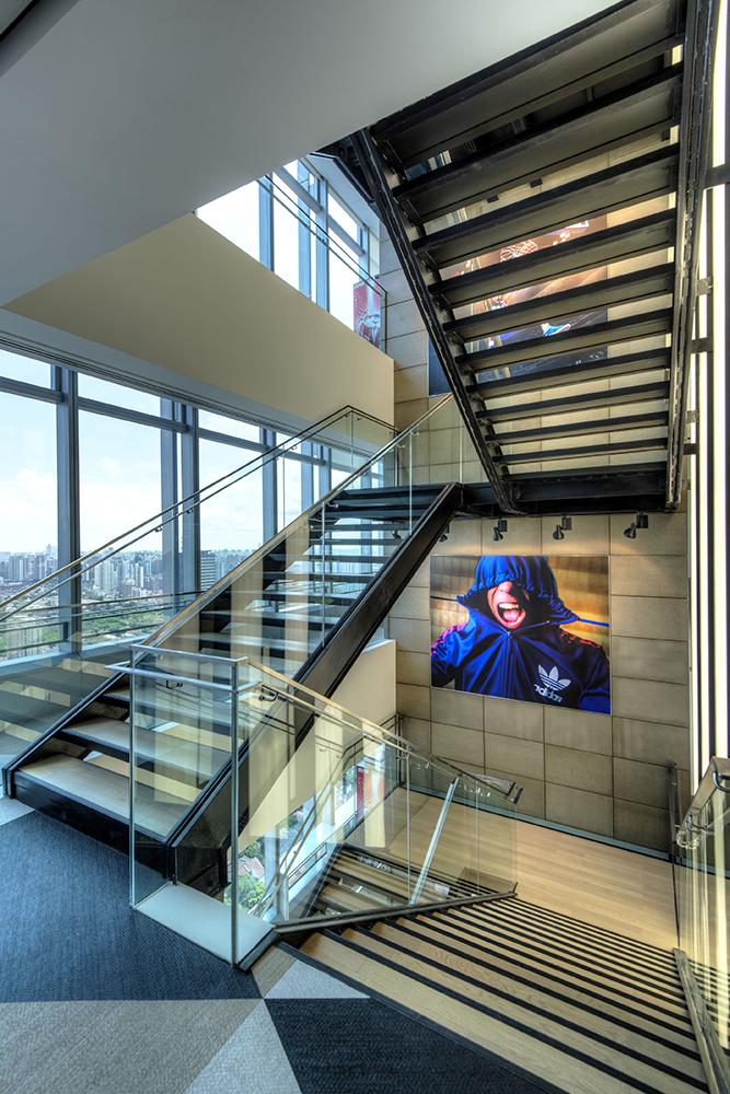Офіс компанії Adidas в Шанхаї. Фото 7