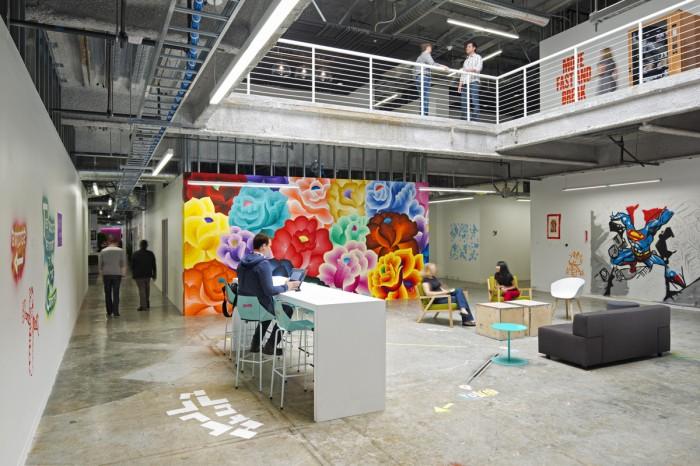 Всередині офісу Facebook - найбільшої соціальної мережі світу. Фото 6