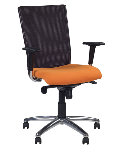 Постава спини і ергономічне офісне крісло