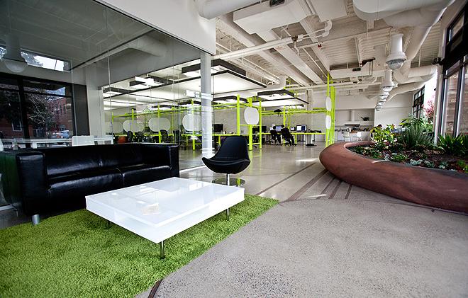 Зелений офіс компанії з розробки програмного забезпечення в Колорадо