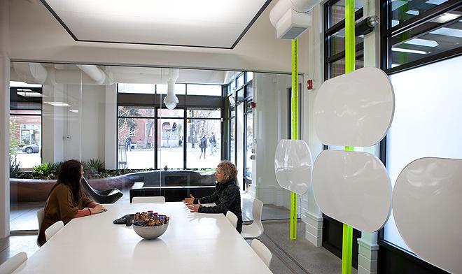 Зелений офіс компанії з розробки програмного забезпечення в Колорадо. Фото 5