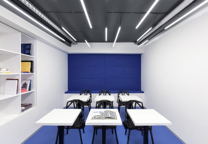 Офіс мовної школи і коворкінга Underhub